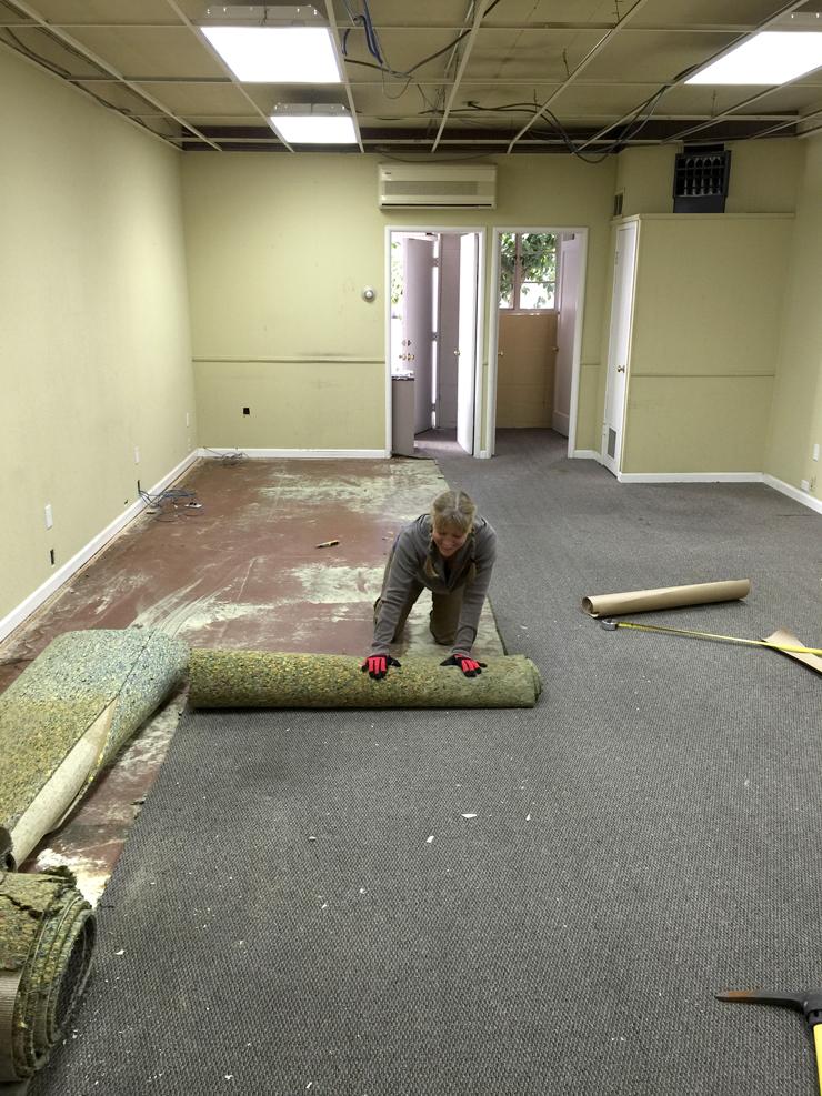 carpet un-laying